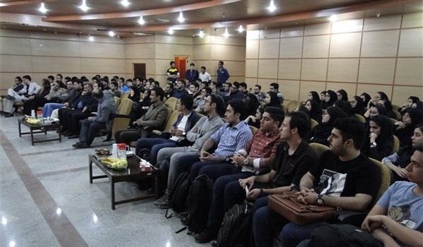 برگزاری مراسم روز ملی دامپزشکی در دانشگاه آزاد گرمسار